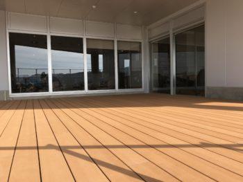 再生木材の施工写真