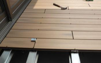 WOODSPEC、グレイスデッキを施工しました 施工編 その4床板張り
